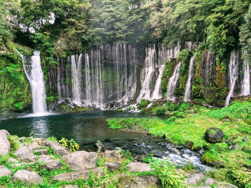 cataratas shiraito - unos de los lugares mas bonitos de japon